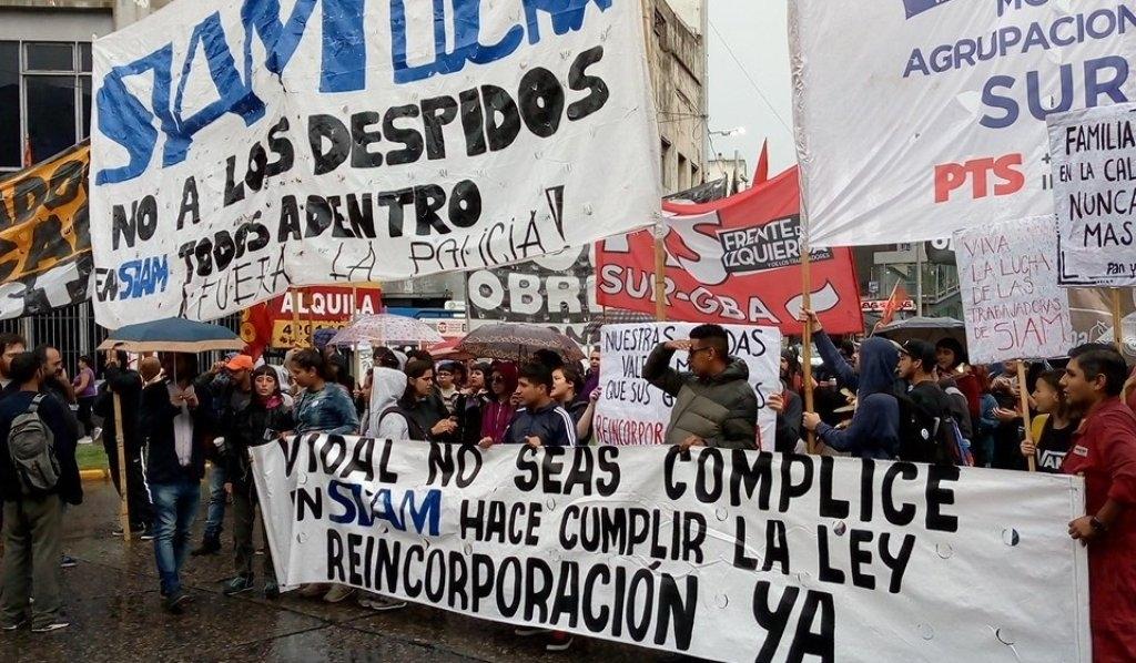 Trabajadores de SIAM realizaron corte en Puente Pueyrredón